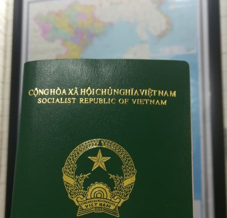 Vietnam Passport and map